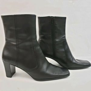 Nine and Company Size 8 M Leather Ankle Boots